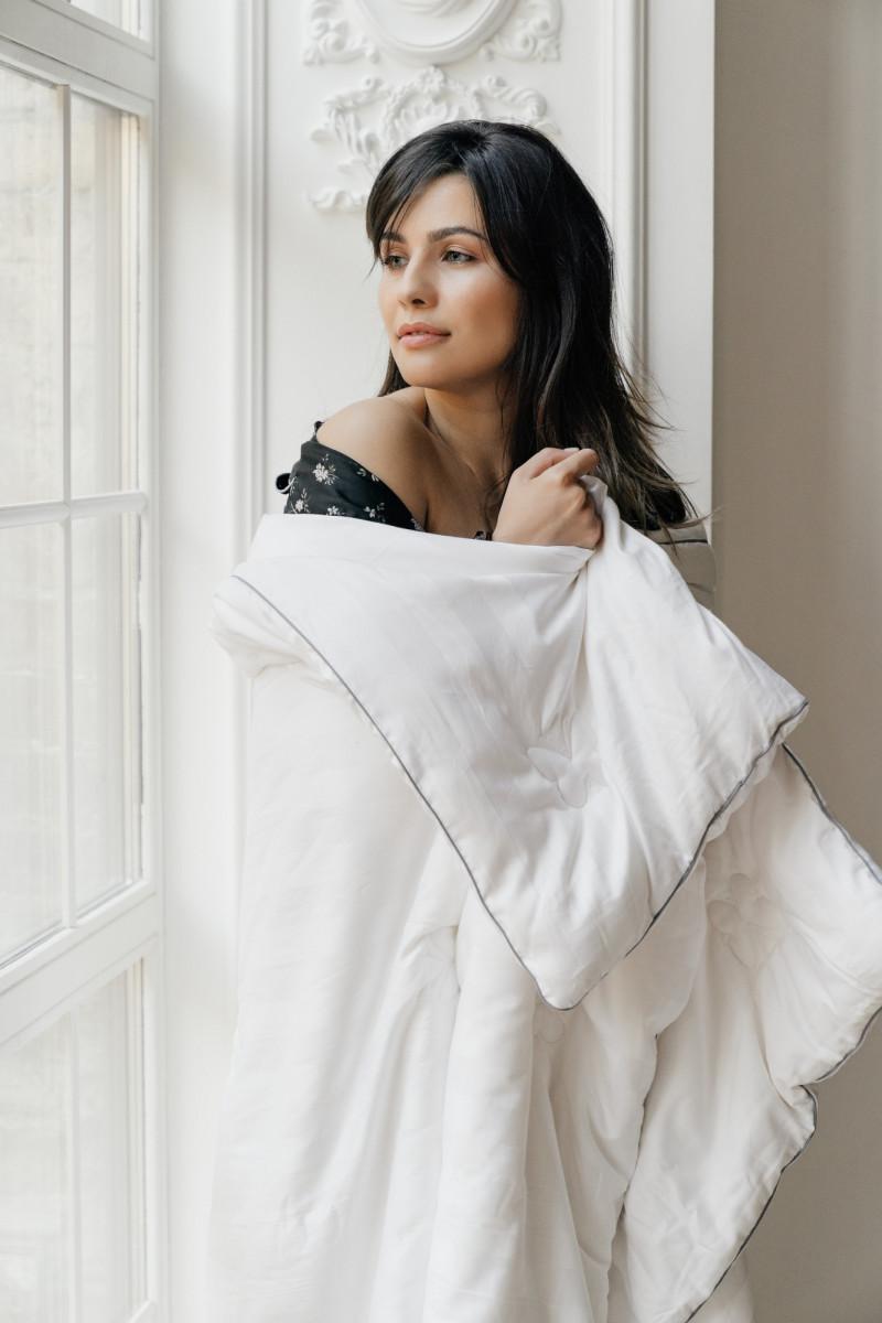 "Шелковое одеяло ""Silver"", ткань чехла сатин (Россия)"